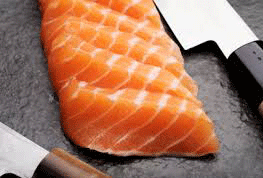kitchen knife w/salmon