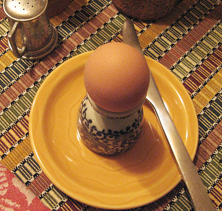 soft boiled egg at table_2