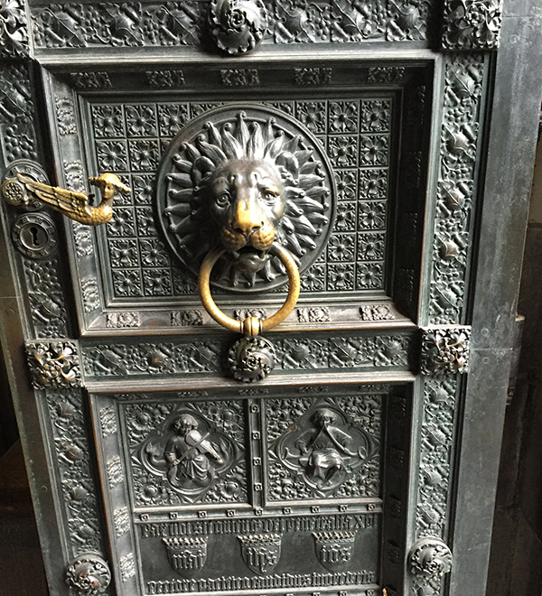 cathedral_doorknocker